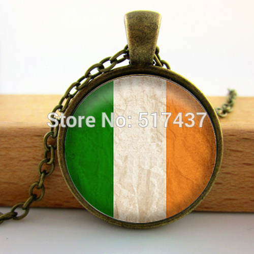 2015 New Fashion Glass Cabochon Dome Jewelry Irish Flag Necklace Handcrafted Fine Jewelry Glass Dome Necklace Vintage(China (Mainland))
