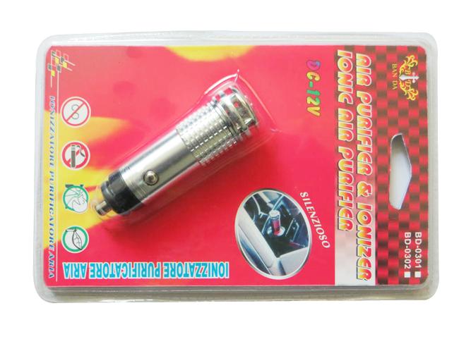 Free Shipping 250PCS/LOT practical Auto Car Fresh Air Purifier Car Oxygen Bar Ionizer mini auto car air freshener ionizer(China (Mainland))
