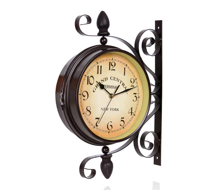Free Shipping 2016 Fashion Rotating Rustic Wrought Iron Double Face Wall Clock Vintage Silent Movement Art Decorative(China (Mainland))