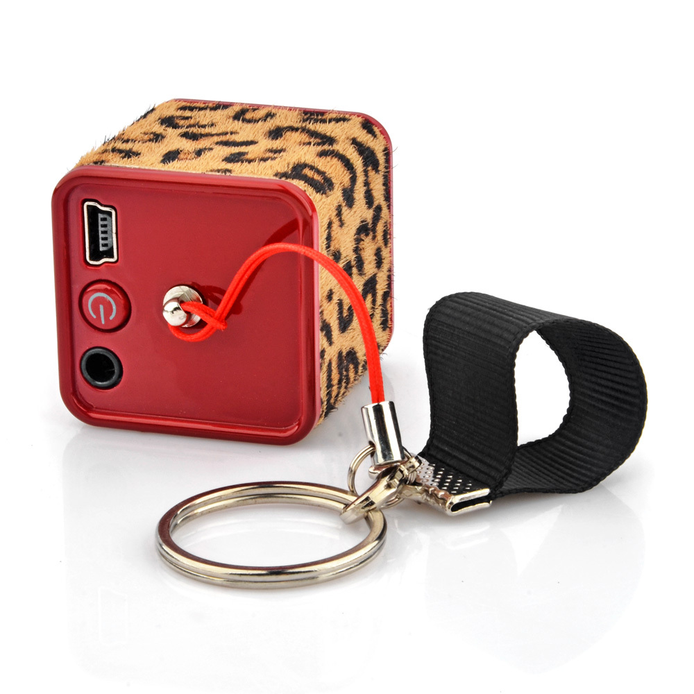 Free shipping Cute Lovely Portable Leopard Cube Mini Speaker Keychain Decoration(China (Mainland))