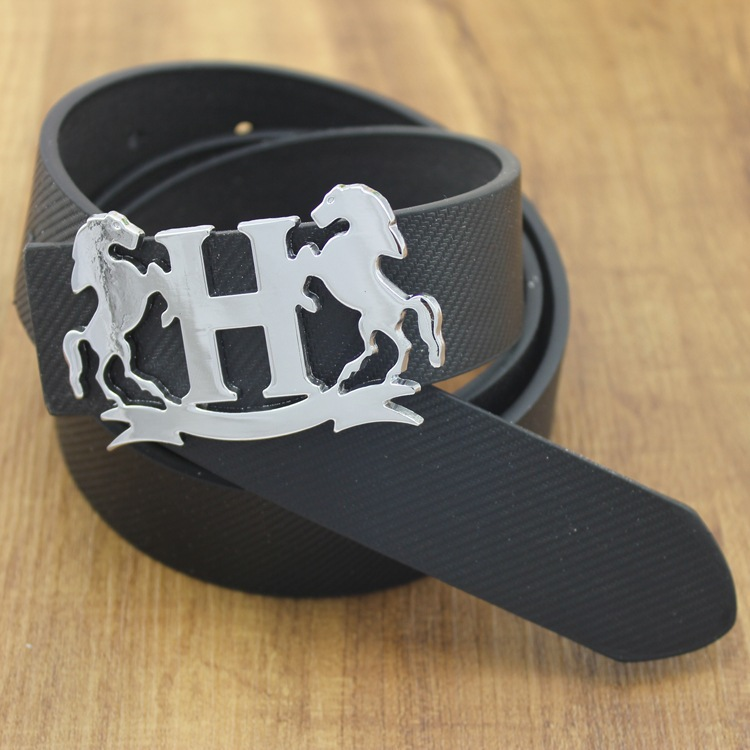 2015 Fashion Horse Silver Buckle Belt Special Unisex Belt Solid Color Pu Belt For Women(China (Mainland))