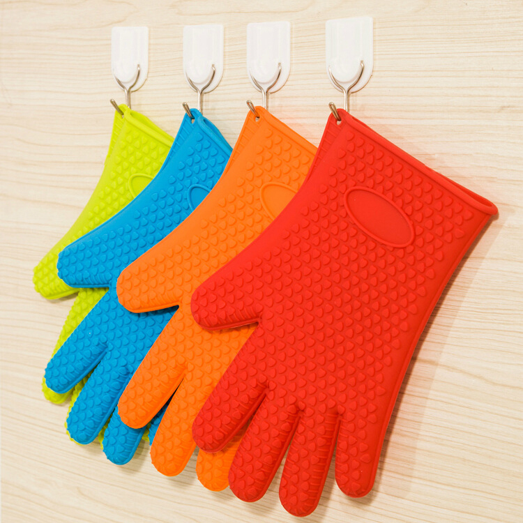 Heat Resistant Silicone Kitchen Cleaning Microwave Oven Glove Cooking Baking BBQ Oven Nonslip Mitt blue green red yellow random(China (Mainland))