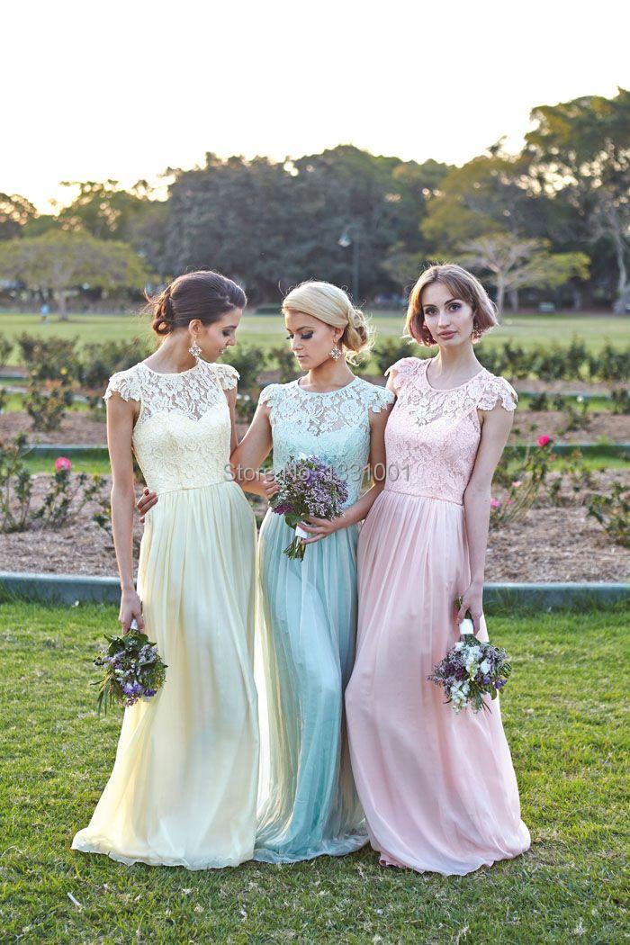 Фото в пастельных тонах платья