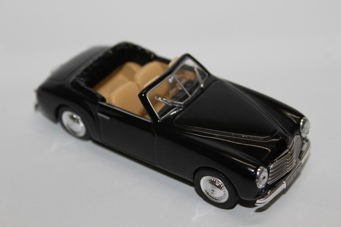ATLAS 1:43 NOREV Simca eight Sport Steel Diecast toy automotive black with field