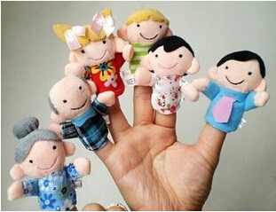 The baby be deeply attached to each other one family finger puppets a dear six mouth early hand puppet toy a pack of 6(China (Mainland))