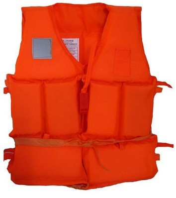 Foam lifejacket with a whistle swimwear kids inflatable boat designed Reservoir essential goods 001-9018(China (Mainland))