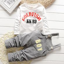 2015 new arrival Baby boys sets letter cotton strap suit Korea kids clothes child sets open crotch