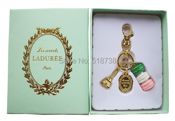 2015 New Macaroon keychain with S letter-gift box.jpg