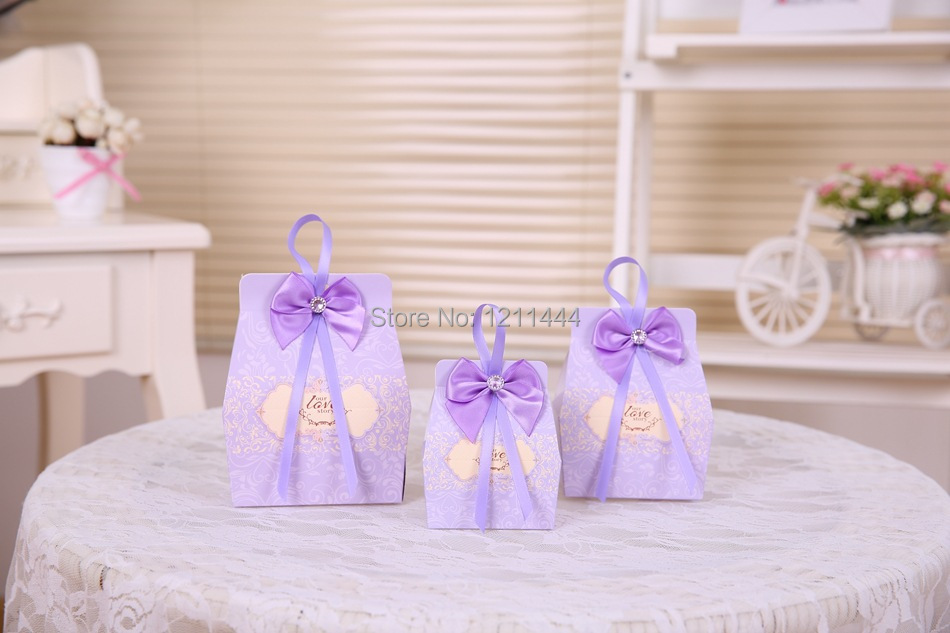 100pcs/lot small size light purple wedding favor holiday supplies chocolate box wedding candy box(China (Mainland))