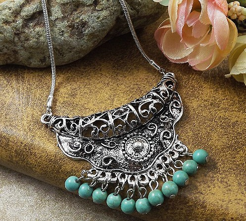 NR141 Gypsy Turquoise Pendant Tibetan Silver vintage necklace snake chain fashion wholesale jewelry