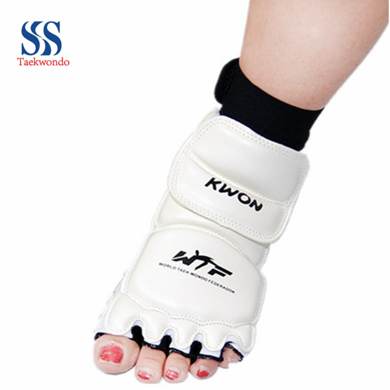 Taekwondo foot protective sleeve Taekwondo Karate instep guard foot set