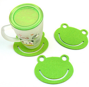 2664-3 creative fashion multi-purpose pad / mat / bowl pad / thermal pad / disc blankets decorative frog(China (Mainland))
