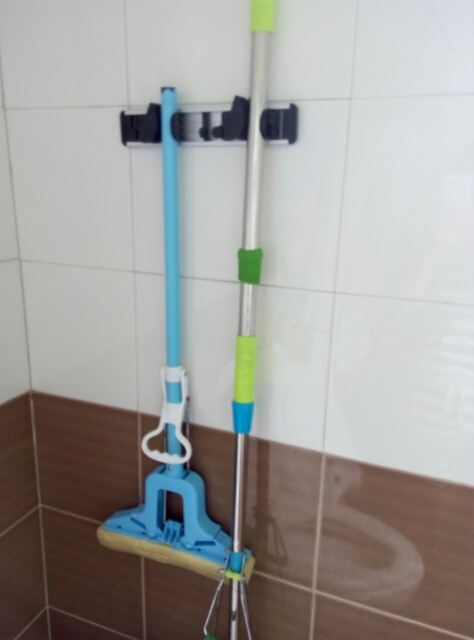 Aluminum space frame mop incognito wall without glue nail sucker punch umbrella broom hook rack(China (Mainland))