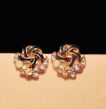 Rhinestone Twist Stud Earrings