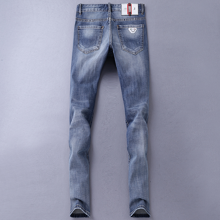 Free shipping 2017 men's famous brand jeans men Fashion elasticity men's straight jeans high quality Comfortable male pants NZ07