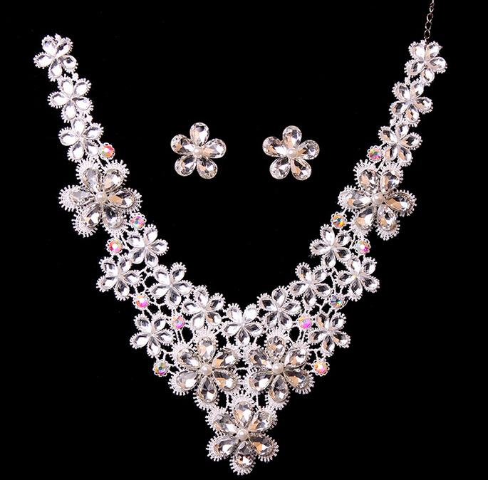 Fashion Wedding Flower Rhinestone Necklace Earrings Set Charm Silver