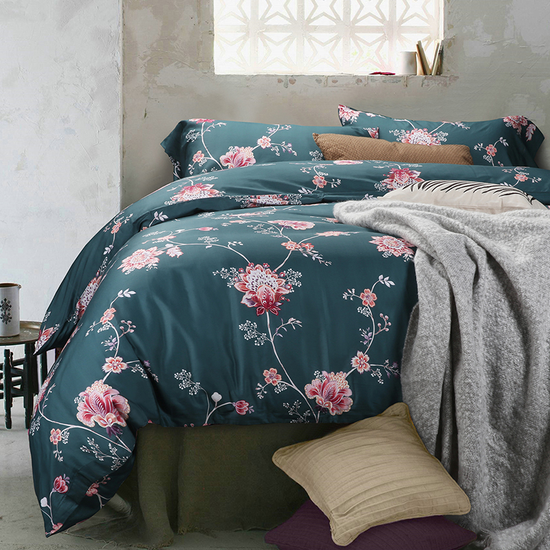 High quality Australia Flag inspired Duvet Covers by independent artists and designers from around the world. Some call it a duvet. Some call it a doona. Either way, it's too nice for that friend who always crashes at your place. All orders are custom made and most ship worldwide within 24 hours.