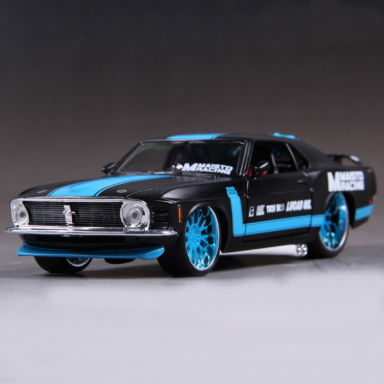 Marsto Diecast Model Ford Mustang 1970 Boss 302 1:24 Alloy Car Model Toy Vehicle Car Model ALLOY Model Toys Gift Kids Toys(China (Mainland))