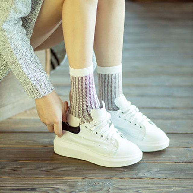 2015 новых корейских каваи женщин полосатый лолита носки симпатичные полосой трубки носок свежий стиль чистого хлопка спортивные носки для девочек дамы
