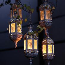 2016  Vintage Metal Hollow Candle Holder Articles White Moroccan European Candlestick Hanging Lantern Wedding Decor(China (Mainland))