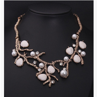 Star Jewelry New Choker Fashion Necklaces Women 2015 Vintage Stone Pearl Branch Exaggerated Statement Necklace - Mamojko Store store