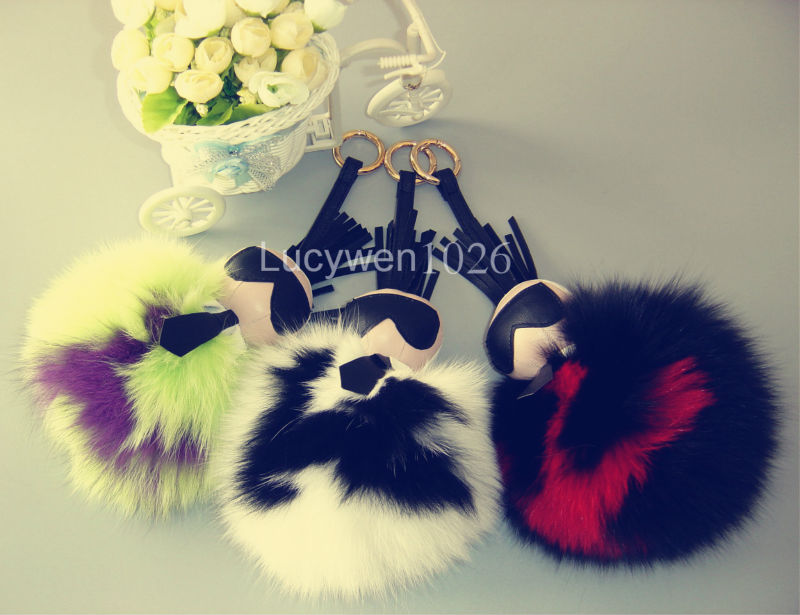 "Real Genuine Fox Fur Pom-Pom Karlito Ball KeyChains Monster Keyring Handbag Backpack Accessory Charm Bag Bug Capital Letter ""K""(China (Mainland))"
