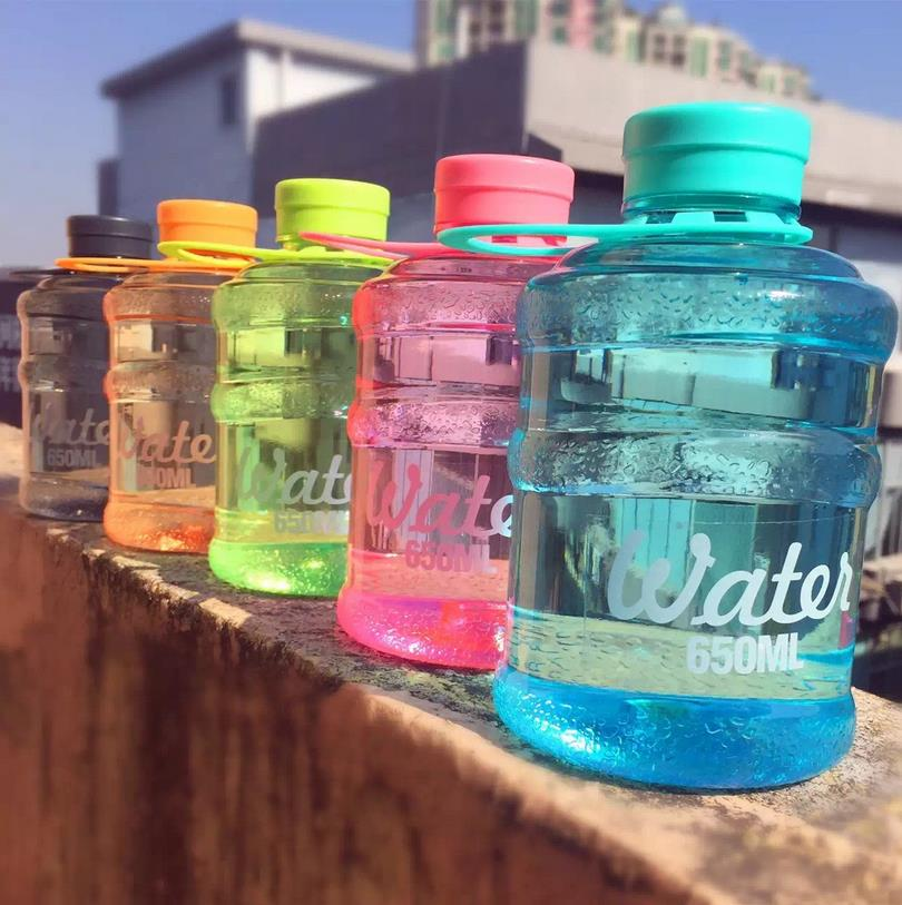 2016 New Mini barreled sealing bottles with creative students water bottle 650ml for traveling/biking/sports(China (Mainland))