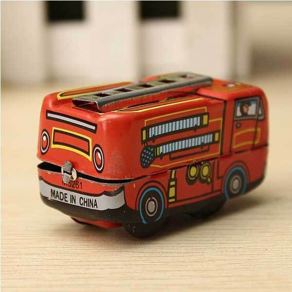 CrownBeach Vintage Fire Chief Firefighter Car Truck Clockwork Wind Up Tin Toys(China (Mainland))