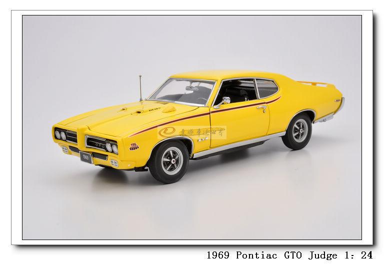 Фотография MBI 1969 Chrysler Pontiac GTO Judge 1:24 Vintage alloy metal model car toy gift collection