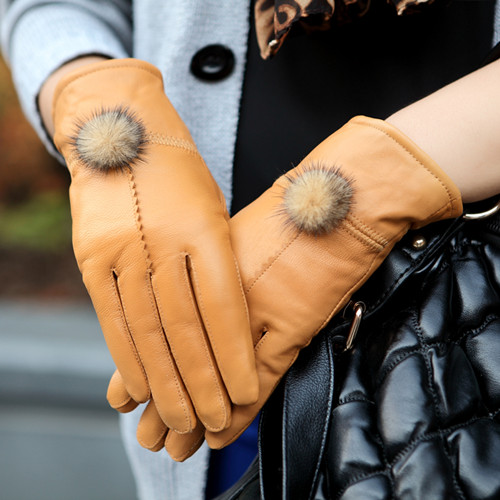 In 2015 100% hot leather ladies fashion leather and sheepskin leather Gloves Ladies color size single code free shipping(China (Mainland))