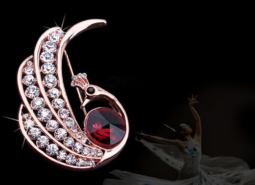 white crystal with red glass peacock pin Restore ancient ways jewelry upscale women's brooch edition shawl pin buckle QN(China (Mainland))