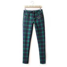 2015 New Fashion Women Plaids Pattern Pants Lady Stretch Material Full Length Pants Plus Size XL Red&Green Free Shipping(China (Mainland))