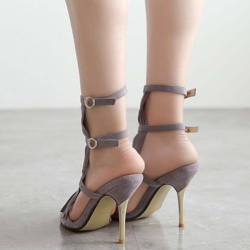 Borla Sandálias Gladiador Stiletto Bombas de Mulheres Fivela No Tornozelo Banda Estreita Franja Saltos Altos Sapatos de Festa de Verão Mulher