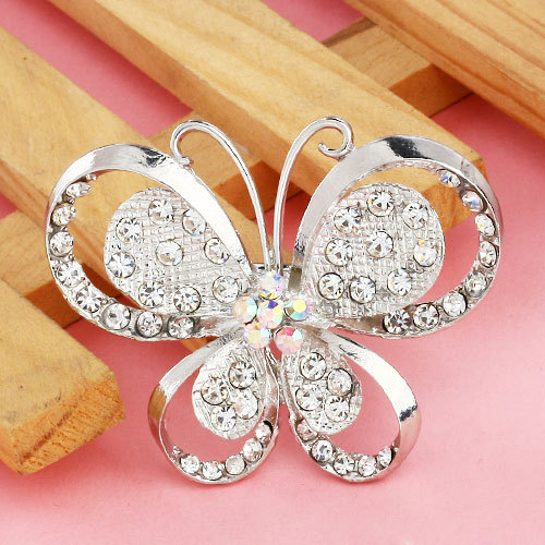 Free Shipping 2015 Fashion Alloy Cheap Brooch Crystal Butterfly Brooch Women Silver Brooch For Wedding(China (Mainland))