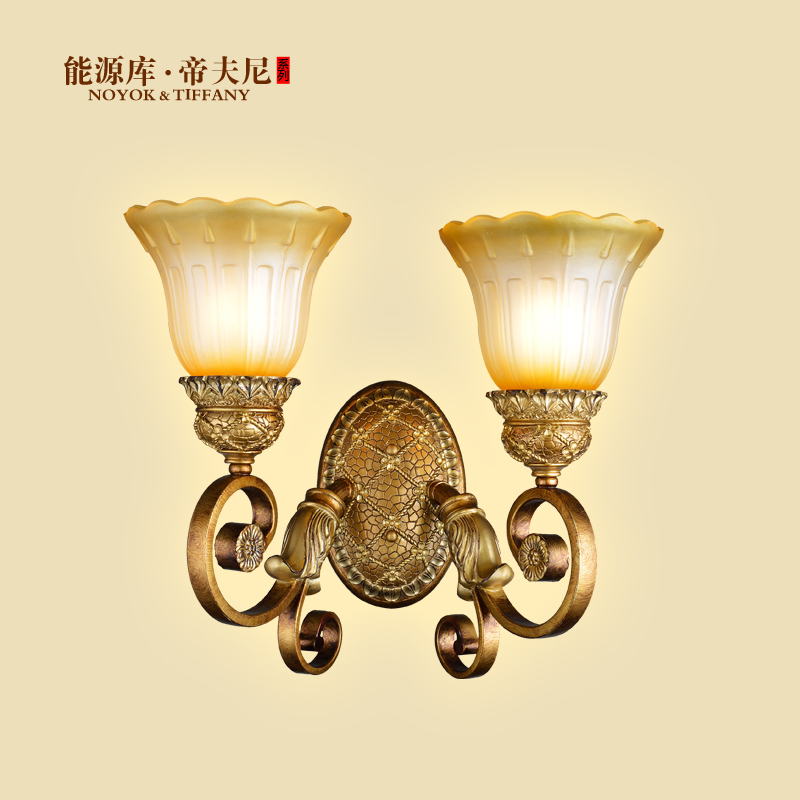European resin wall lamp minimalist living room bedroom den pastoral atmosphere creative fashion and warm lighting aisle ed(China (Mainland))
