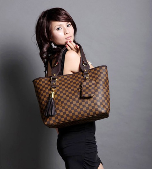 Women's Fashion PU Weaving Grain Tassels Handbag Checkered Shoulder Bag Brown/White(China (Mainland))