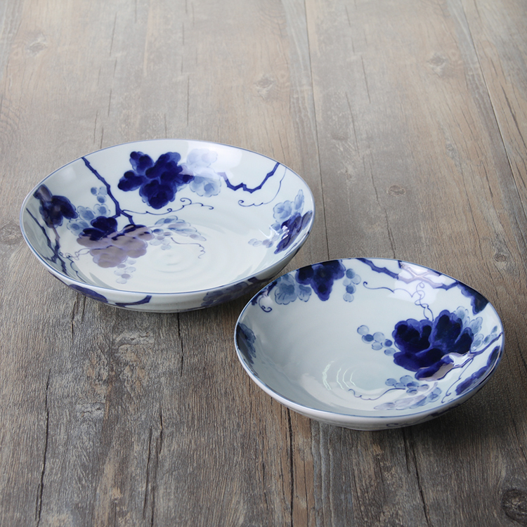 Japan imported hand-painted ceramic underglaze color plate frying pan blue dye round deep dish soup plate Japanese restaurant ce(China (Mainland))