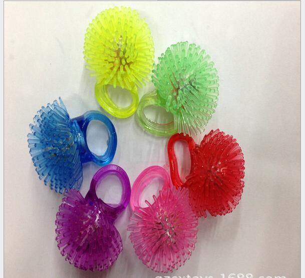LED flash Chuzzle ring Flash maomao soft silicone rubber ring finger lamp mixed(China (Mainland))