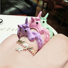 2014 Korean Lovely Candy Color Unicorn Finger Ring Unique Party Rings For Women Cavalo