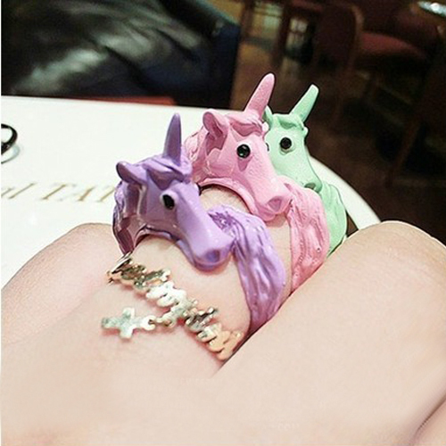 1pc 2015 Korean Lovely Candy Color Unicorn Finger Ring Enamel Horse Party Rings For Women Fashion Jewelry Cavalo Christmas Gift(China (Mainland))