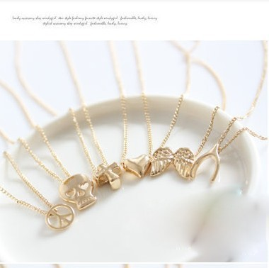 Min order $10 (mix order) Free Shipping New Fashion Vintage Alloy Necklace(clover) Make a Wish Cheap Jewelry N070 Jewelry 7g(China (Mainland))