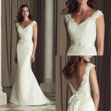 Popular Beautiful Appliques Beaded Backless Decorative Buttons Zipper Sheath Lace Wedding Dresses Hot Sale Vestido noiva Elegant(China (Mainland))