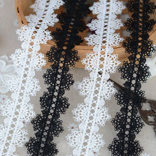 H3501 lace accessories Black and white and dichromatic bilateral necklace 3.5 cm wide clothing water soluble lace(China (Mainland))