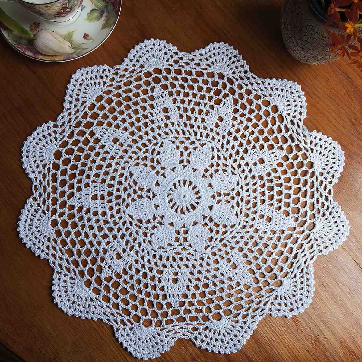 Round White Lace Crochet Doily Dinnerware Placemat Vintage Flower Coasters Household Kitchen Dining Table Decoration 37CM(China (Mainland))