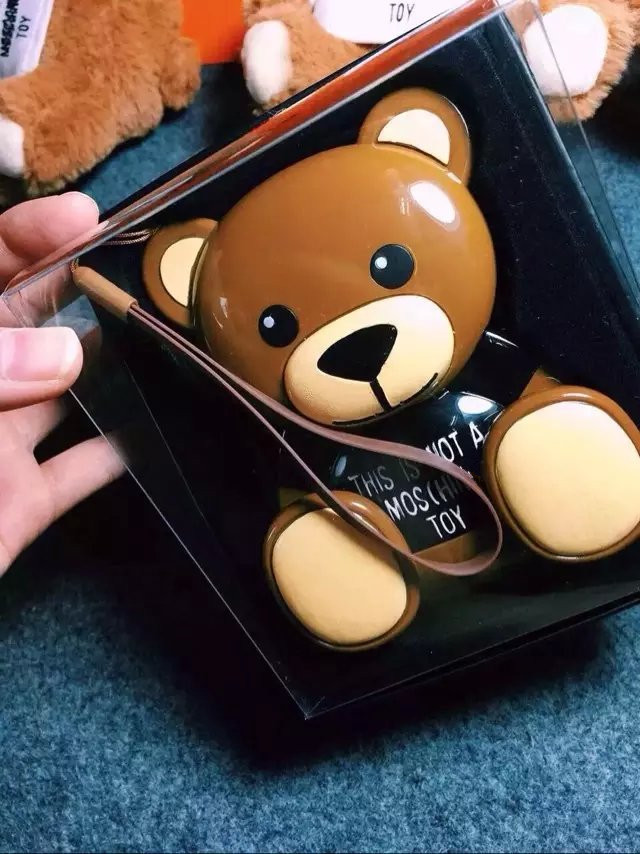 lovely cartoon Russians love brown teddy positive energy bear 12000mah power bank for iphone android phones portable charger(China (Mainland))