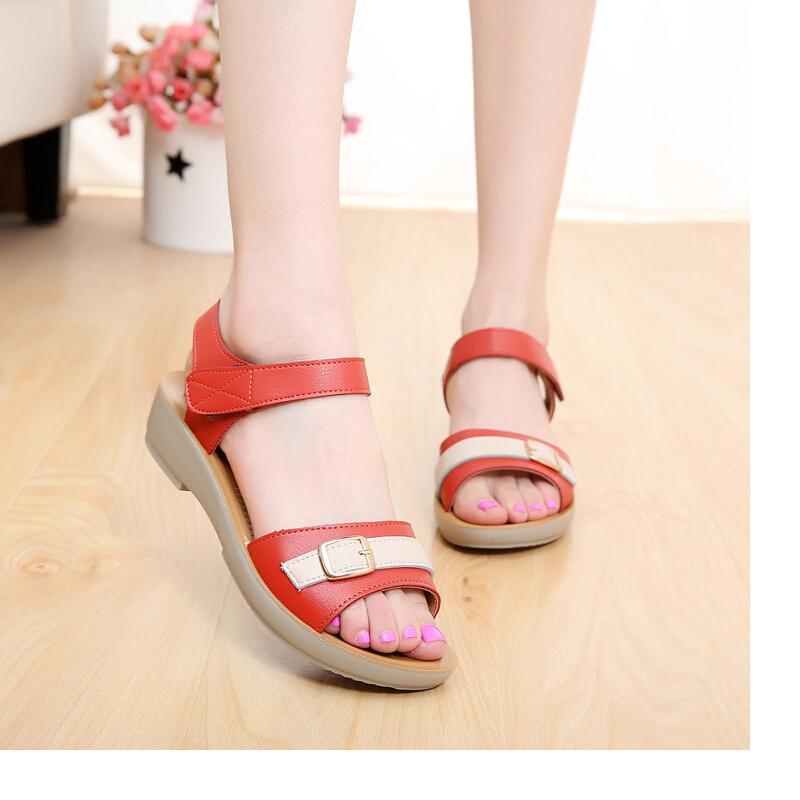 women's large size dress non-slip outdoors soft leather sandals breathable summer shoes woman platform flats open toe sandalias(China (Mainland))