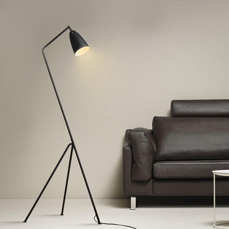 Replica Designer Grasshopper Floor Lamp/light Designer Creative Gubi Grasshopper Shake Floor Lamp Loft Industrial Standing Lamp(China (Mainland))