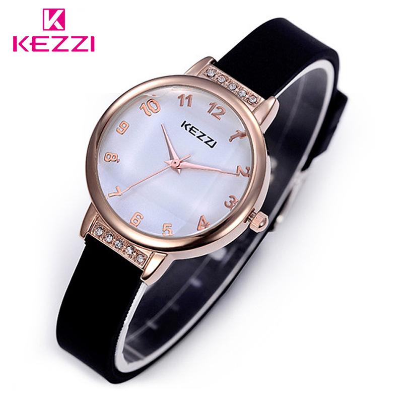 Brand Small Fresh Fashion Ultrafine Quartz Jelly Silicone Strap Casual Watch Women Rhinestone Watches Waterproof Wristwatches(China (Mainland))