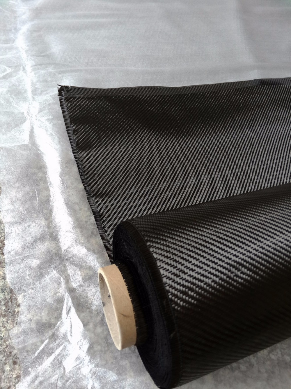 3K 100% Real carbon fiber fabric twill 200g/m2 carbon cloth 1mX1m, high quality for car parts and airplane models(China (Mainland))