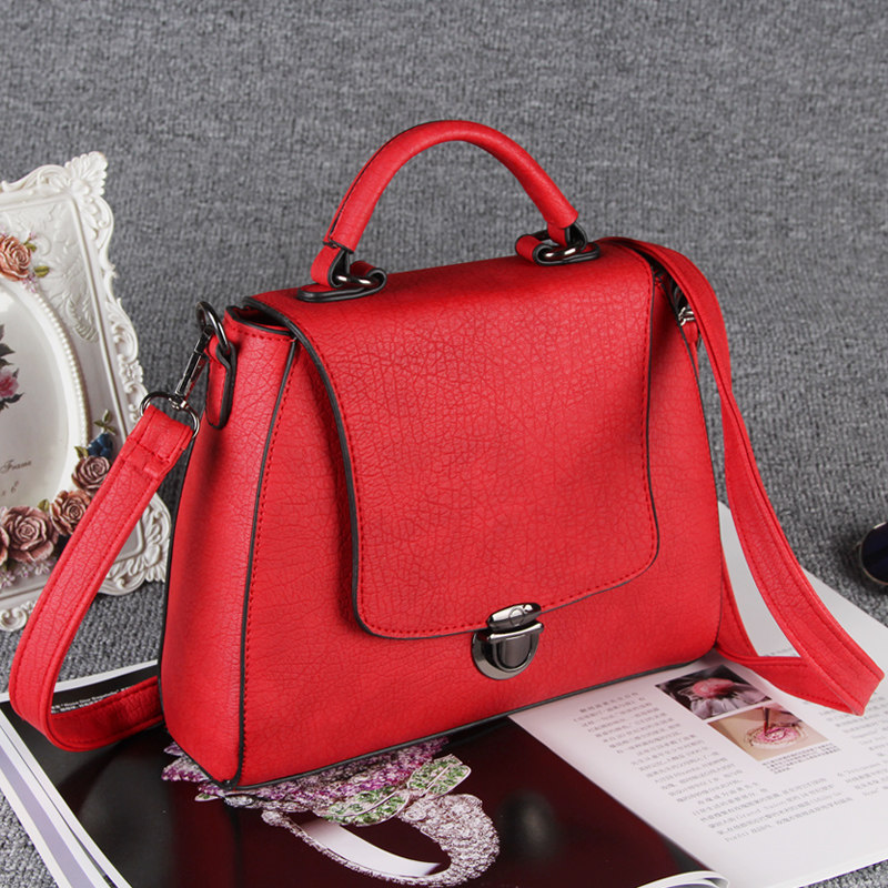 2016 New Retro Nubuck Handbag Push Lock Chic Flap Bag Women Fashion Casual Small Hand Bag Ladies Desginer Crossbody Shoulder Bag